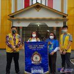Ket:Foto// Paling kiri Charter President Lions Club Golden Estate Lion Darmawan Yusuf, Vice President Lion Agustina, Ketua Sitara Adhe manurung dan paling ksnan Vice President Lion Kosiden