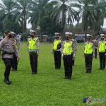 Foto : Kapolres Binjai gelar apel pasukan Operasi Keselamatan Toba 2021, di lapangan bola bhayangkara Polres Binjai, Jalan Sultan Hasanuddin No. 1 Binjai Kota, Sumatera Utara (Sumut), Senin (12/04/21) sekira pukul 08.40 WIB.